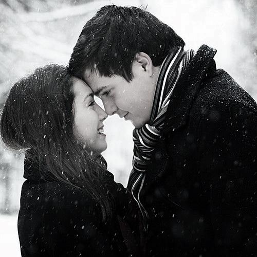 couplecoaplecoupleswinterlovephotography 1c1f8cc2c37348c3ef95cae89583a9d6 h بوستات عن المطر 2016 بوستات رومانسية عن المطر